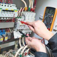 Elektricien-aan-het-werk